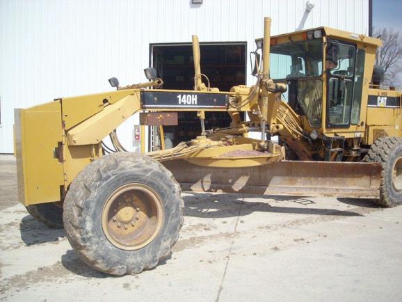 CAT 140H 2ZK08130